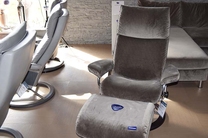 Stressless Sessel mit Hocker Aura